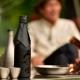 【初コラボ】朝日酒造×スノーピーク「久保田雪峰」が発売!アウトドアで日本酒を楽しむ!