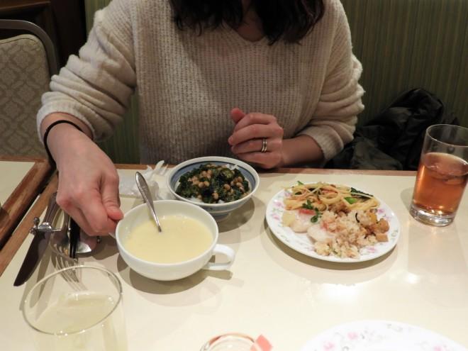 ホテルオークラ新潟 レストランつばき いちご スイーツ バイキング